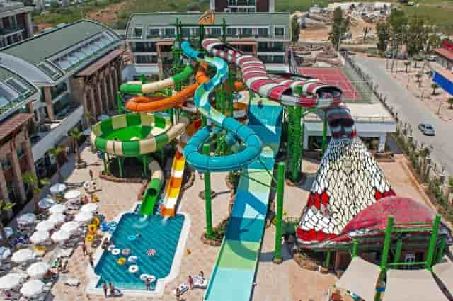 Crystal Waterworld Resort
